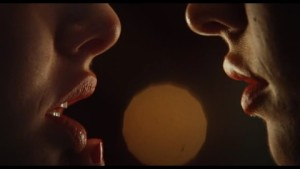 Megan Fox & Amanda Seyfried, Jennifer's Body Lesbian Kiss