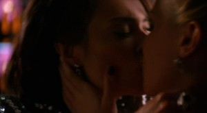 Katie Cassidy and Wendy Glenn Lesbian Kiss, Melrose Place