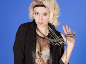 Lily Loveless & Kathryn Prescott Skins 4 Promo Pics!, Lesbian Characters LesMedia