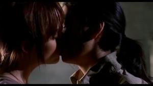 Taryn Manning and Stephanie Jacobsen, Lesbian Kiss