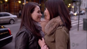 Eve Best and Julia Ormond, Lesbian Kiss Nurse Jackie