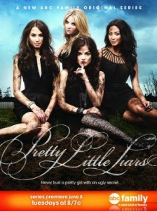 Pretty Little Liars, LesMedia
