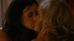 Arden Myrin and Michaela Watkins Lesbian Kiss Hung, Watch Online lesbian media