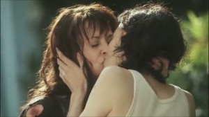 Amanda Tapping Lesbian Kiss, Sanctuary Watch Online lesbian media