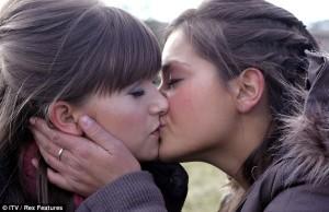 Debbie & Jasmine Emmerdale, Lesbian TV Watch Online LesMedia