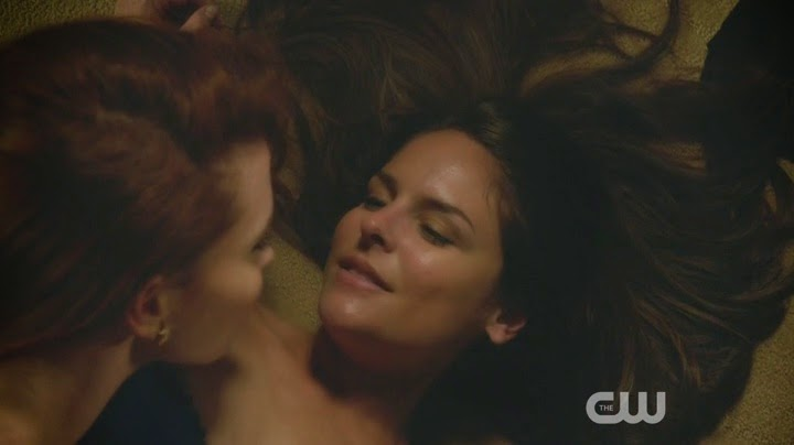 Lesbian Kiss Jane the Virgin