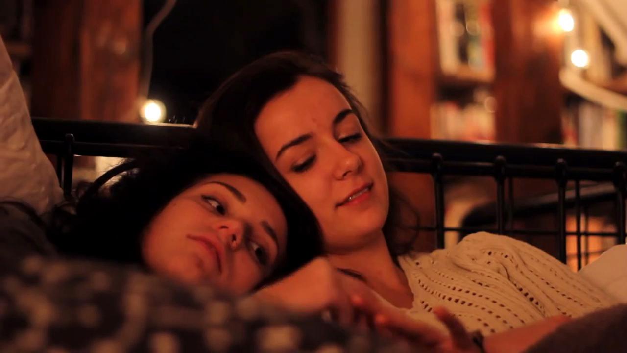снимает смотреть онлайн фильм лесбиянки все нем снялась